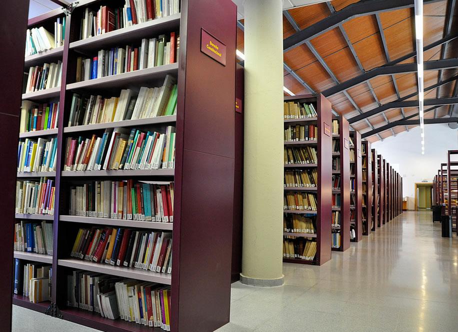 reserva   biblioteca universidad de sevilla
