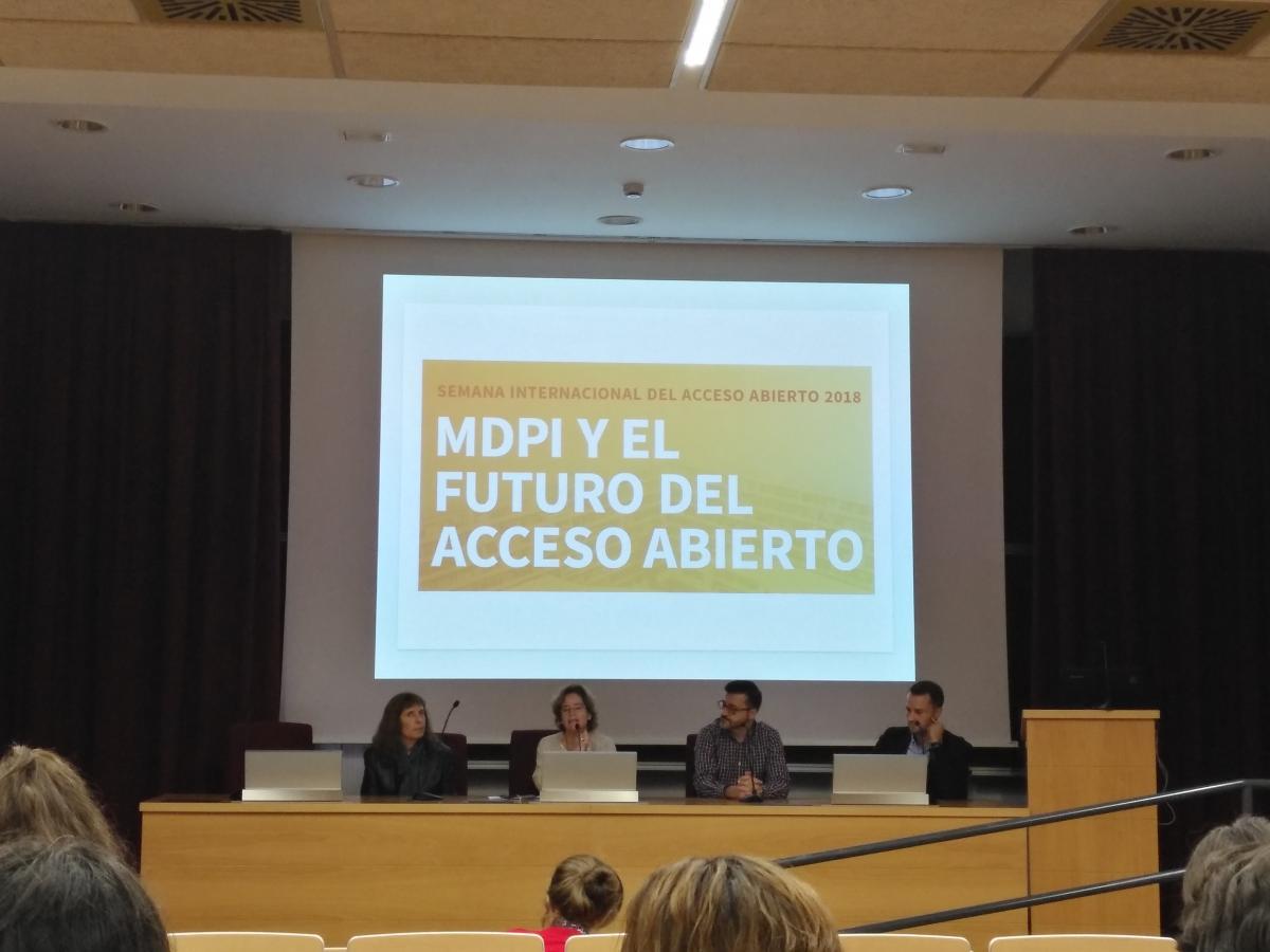 Taller MDPI y la publicación en abierto. Imagen gentileza ©Marta Suárez Samaniego, Responsable de Formación en el CRAI Antonio de Ulloa.